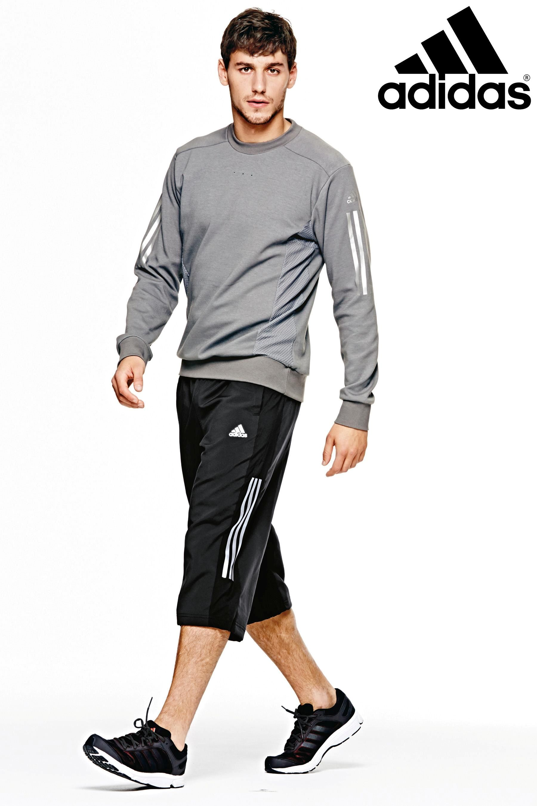 AllSportsWearUSA offers today's best outdoor and fitness brands at amazing, affordable prices. From running shoes to capris, we have gear for people of all ages.