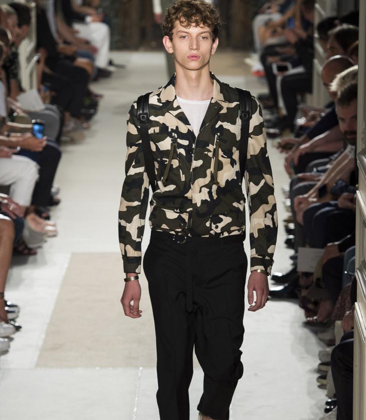 Valentino-menswear-spring-summer-2017-054